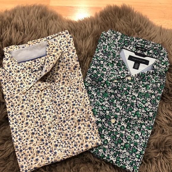 Set of 2 men's dress shirts